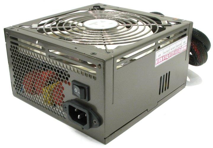 Thermaltake ToughPower QFan W0163RE, вид основной
